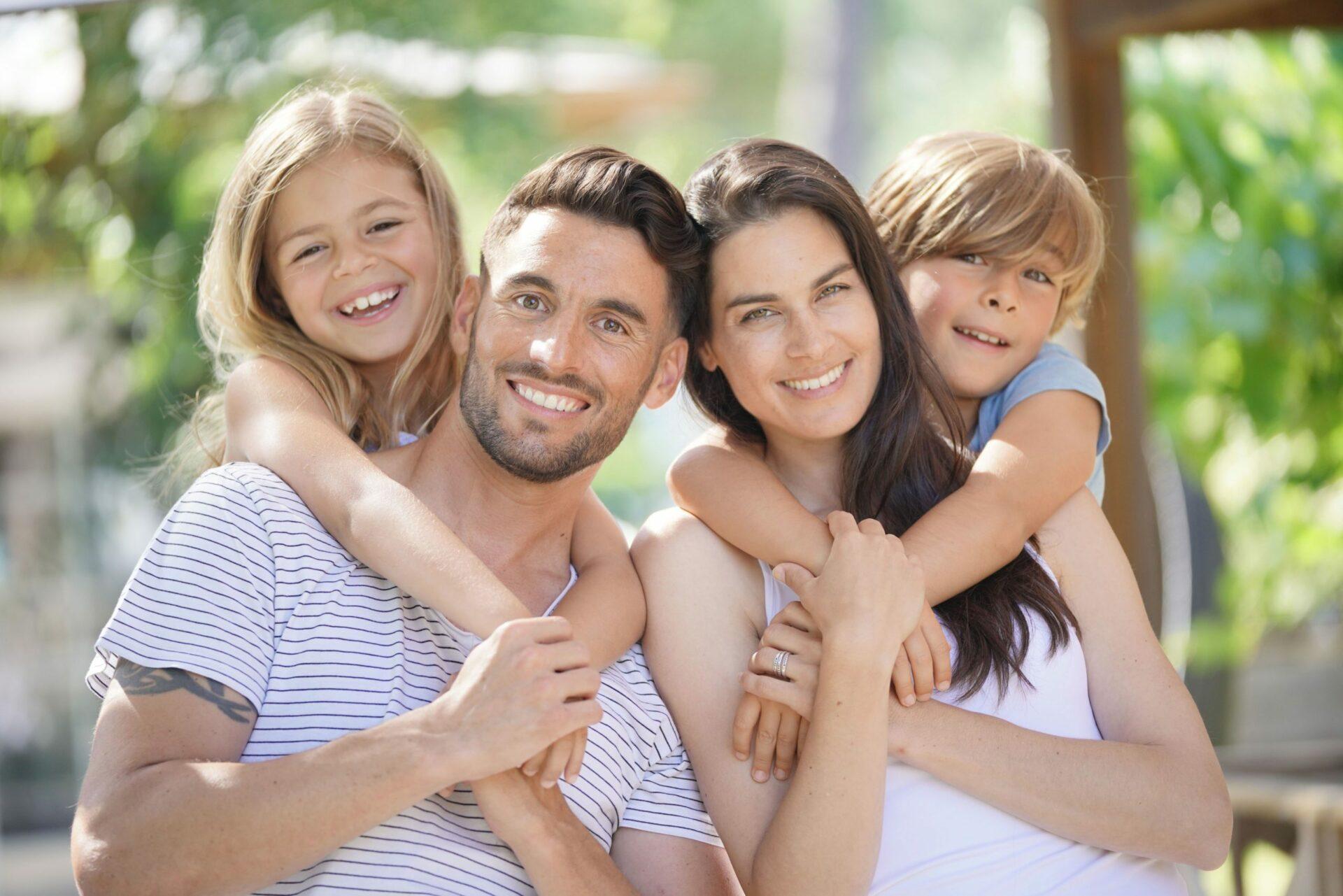 famille tres heureux